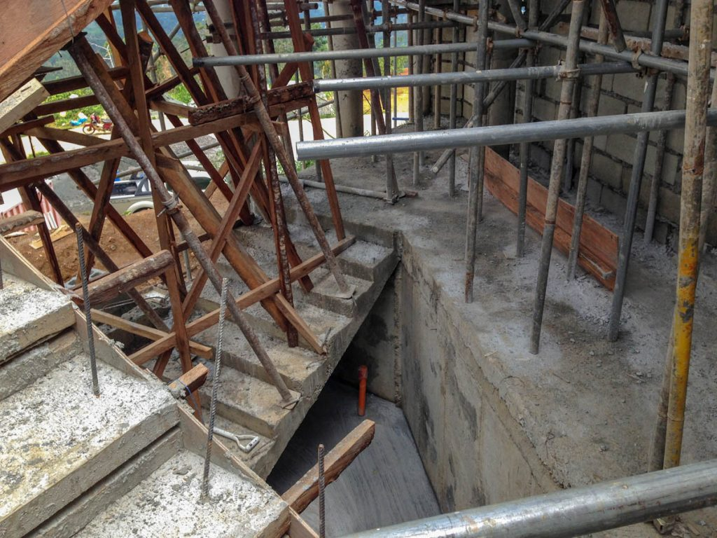 house-building-philippines-coco-lumber-supports