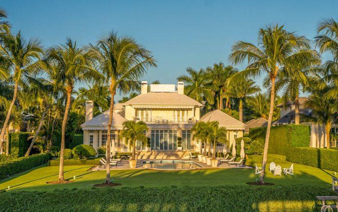 tropical-garden-feature-palms