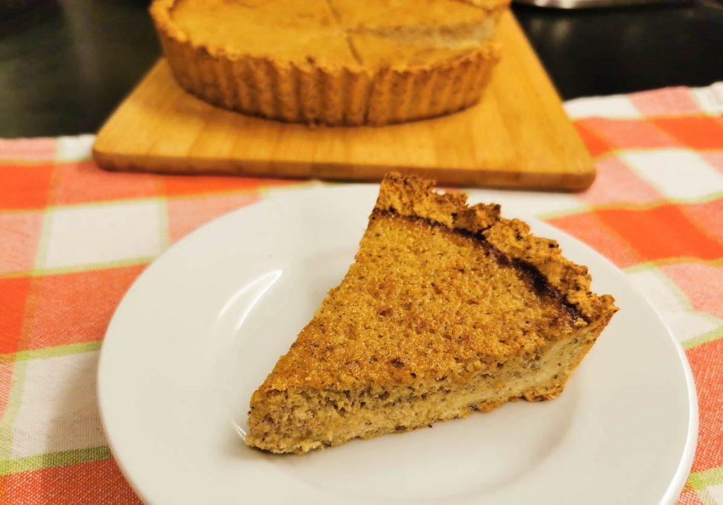 healthy-gluten-free-pumpkin-pie-slice