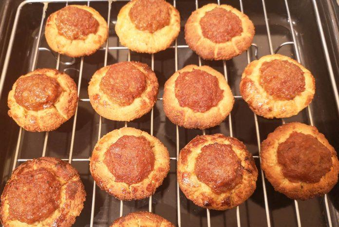 rustic-pineapple-cookies-cooling