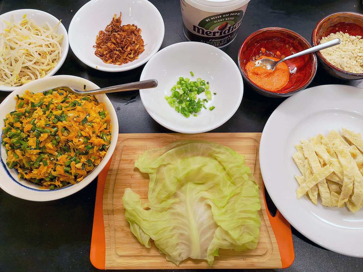 summer-roll-with-cabbage-ingredients